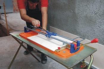 Alquiler de cortadora de cer mica manual 1250mm for Maquina acuchillar parquet alquiler