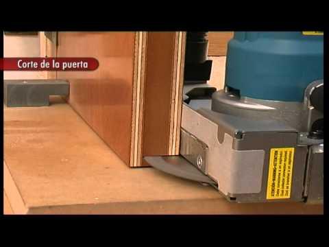 Alquiler de recortadora de puertas y marcos 720w 230v for Maquina acuchillar parquet alquiler